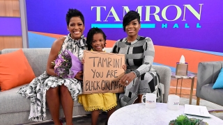 "On the premiere episode, Tamron met her ""Black Girl Magic"" fan and Fantasia performed the ""Tamron Hall"" theme song, ""SHINE."" (Walt Disney Television/Jeff Neira)"