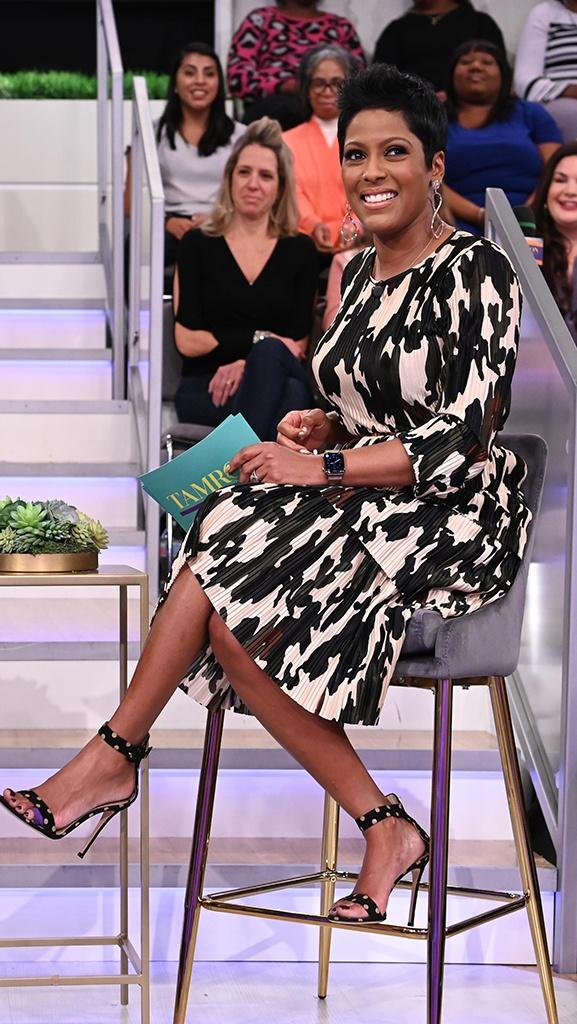 Dress by Zara // Shoes by Gianvito Rossi // Belt by Balmain // Earrings by Jennifer Miller