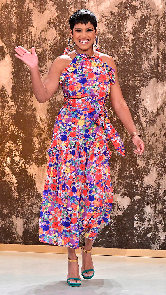 Dress by Borgo De Nor // Shoes by Gucci